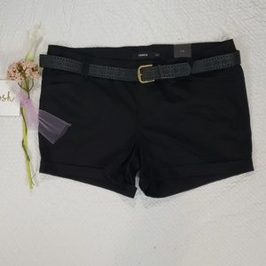 NWT TORRID belted canteen black shorts size 22